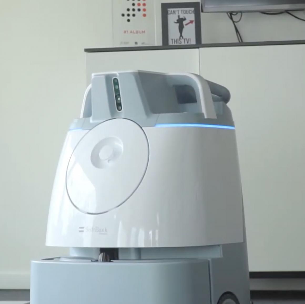 ICE Robotics Whiz maakt schoon in verzorgingshuis